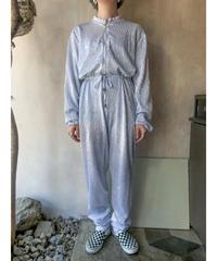 シルバージャンプスーツ