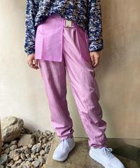 ピンクビニールミニスカート