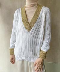 白リブゴールドセーター
