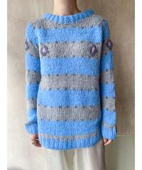 水色グレーボーダーセーター