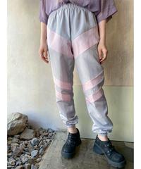 グレー×ピンクラインシャカシャカパンツ