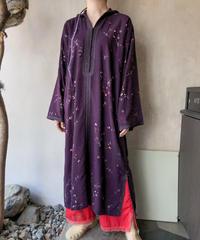 パープル刺繍フード付きカフタンワンピース