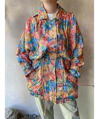 抽象柄フード付きウエスト絞りジャケット
