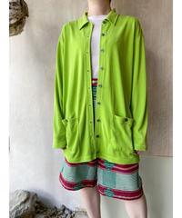 ネオングリーンポケット付きシャツ