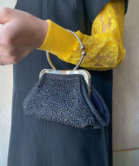 黒ビジュー付きミニハンドバッグ
