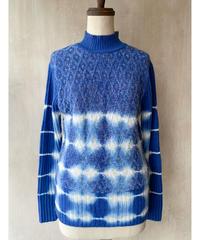 青染め柄セーター