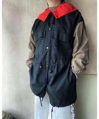 赤黒カーキ3色切替えジャケット