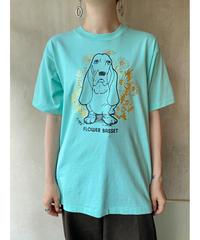 水色バセットハウンド花Tシャツ