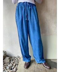 ケミカルインディアンネイビーサイド刺繍パンツ