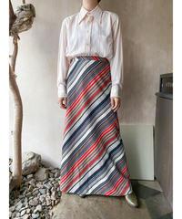ベージュ黒赤斜めストライプスカート