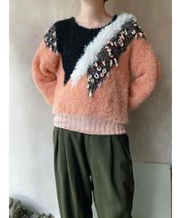 サーモンピンク黒白もけもけセーター