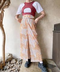 白ベージュ格子柄ベルト付きスリットスカート