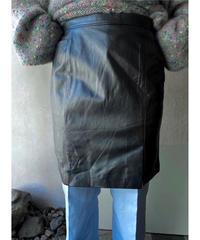 グレーレザーちょこスリットミニスカート
