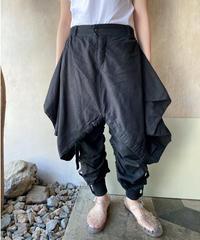 黒リネン変形デザインパンツ