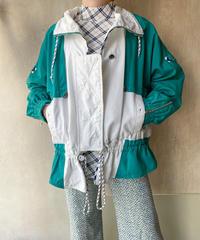 白グリーンジャケット