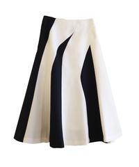 【AKIRA NAKA】Panel flare skirt