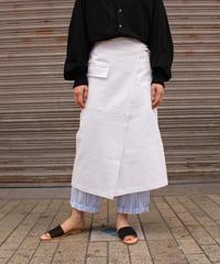 ARTICLES OF CLOTHING / CARGO SKIRT / White, Beige