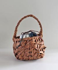 丸型シルエット 山葡萄のかごバッグ   小ぶりサイズ 古布巾着取り外し可能