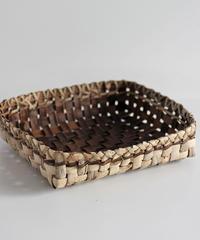 沢胡桃の平な置きかご 籠(大) (クルミ/沢くるみ)  小物入れ 表皮