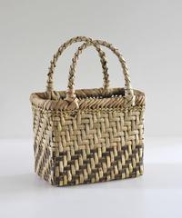 沢胡桃のかごバッグ 表皮×裏皮 網代編み 可愛い小ぶりシルエット