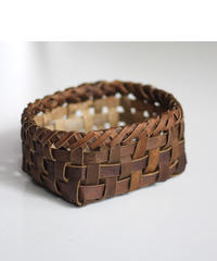 沢胡桃の置きかご 籠 (小) 裏皮 小物入れ 平織り  定番品 D