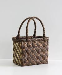 横幅20cm 網代編み 裏皮サイド表皮 沢胡桃のかごバッグ   (クルミ/くるみ/籠)