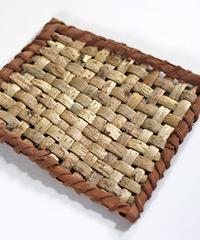 沢胡桃+山葡萄の『鍋敷きマット』   暮らしの籠  生活雑貨