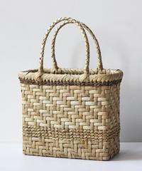 横幅24cm 網代編みステッチ 沢胡桃のかごバッグ   (クルミ/くるみ/籠)  オズのかごバッグ