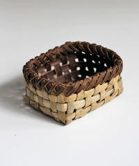 沢胡桃の置きかご 籠 (小) 裏皮 小物入れ 平織り  定番品 J