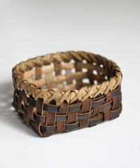 沢胡桃の置きかご 籠 (小) 裏皮 小物入れ 平織り  定番品 F