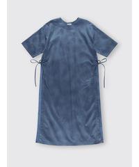 UNEVENLY DYED SATIN SLIT DRESS / NUIT BLUE