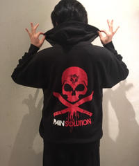 PAIN SOLUTION(ペインソリューション)  ロゴプリントパーカー