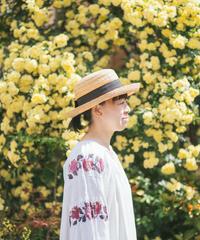 薔薇透かし刺繍ワンピース