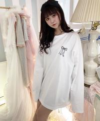 いたずら天使のオーバーサイズロングTシャツ