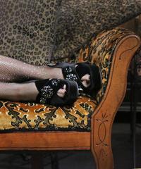 【pour Mademoiselle】ベロアビジューサンダル ブラック