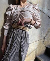 【pour Mademoiselle】シャーリングサテンブラウス ベージュ