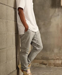 Slim-fit Tapered Sweat Pants T/GRY 19S-202