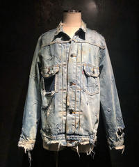 Damage vintage denim jacket 2nd type