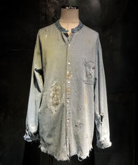 No collar damage denim shirt