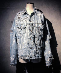 Vintage damage denim jacket ( Studs)