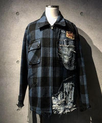 Different fabrics sewn check jacket