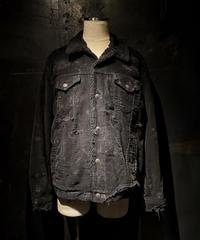 Damage repair vintage denim jacket (boa)