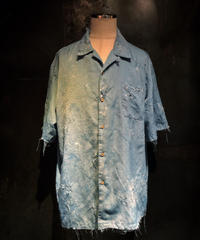 Damage pattern shirt