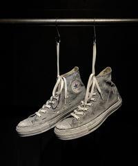 Paint vintage sneaker