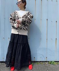 mole lace long skirt