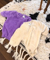 V shaggy  knit/2 color