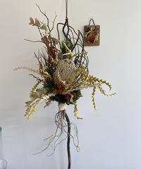バンクシアと柳の縦型飾り、ミニ板飾り 送料込み