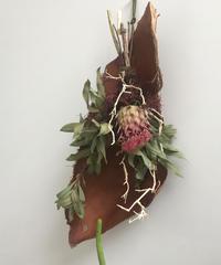 アーティチョークと椰子皮の飾り