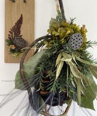 黒焦げバンクシアの柳リース、ミニ板飾り 送料込み