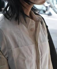 "Hanke's ""Jacquard white shirt"""